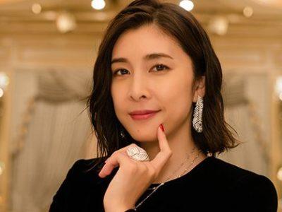 竹内結子の衣装「スキャンダル専門弁護士QUEEN」